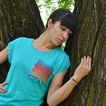 AMARA T-shirt with hand woven detail