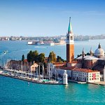 Venice Highlights Through Local Street Food Walking Tour By Train From Rome