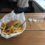 Photo de Holy Cow! Gourmet Burger Company