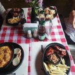Photo de Fatima Bar and Restaurant