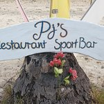 Photo de PJs Bar and Restaurant