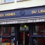 Een bezoekje aan de Marollen 's middags verdient een heerlijke lunch in Les Vignes Du Liban