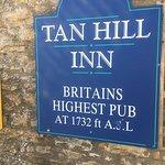 Ảnh về Tan Hill Inn
