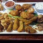 mixed plate mushrooms, calamari, shrimp, veggies 2 sauces