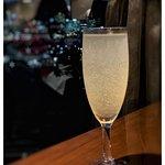 Zdjęcie One80o Restaurant & Lounge Bar
