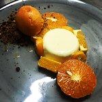 Panacota de maracujá com citrinos