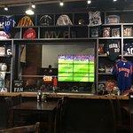 ภาพถ่ายของ Overtime Pizzeria and Sports Pub