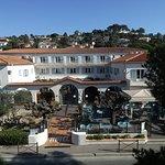 Entrée principale de l'hôtel, du restaurant et du bistrot