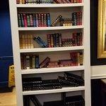Foto di The Library Restaurant and Pub