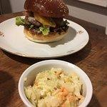 Dish Fine Burger Bistro照片