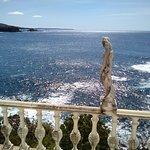 カフェパノラマのテラスから見た太平洋です。遠くに本州最南端の潮岬が見えます。