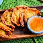 Keaw Tod - Crispy Dumplings