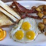 Eggsmart Collingwood Eatery照片