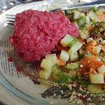Filetto crudo marinato con verdure