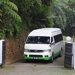 Mini bus arrived at Fraser's Hill Rompin House