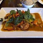 Summit Thai Cuisine - my shrimp and veggie dish