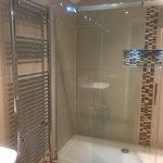 on-suite shower