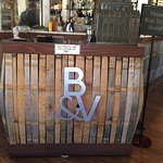 Foto de B&V Whiskey Bar and Grille