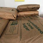 תמונה של R & S Salvage Grocery & Bakery