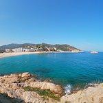 https://www.travelclub-barcelona.com/tossa-de-mar-i-lloret-de-mar-ekskursiya/