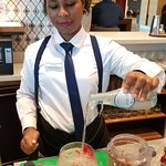 Mariana makes a great gin & tonic!  Very artistic and so friendly.  Amigos para siempre!
