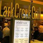 صورة فوتوغرافية لـ Lark Creek Grill
