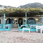 Foto de Avra On The Beach Tavern