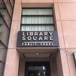 Zdjęcie Library Square Public House