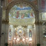 altar principal da basílica de Nazaré
