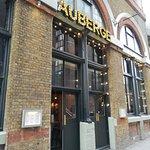 ภาพถ่ายของ Auberge - Waterloo