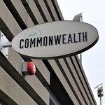 صورة فوتوغرافية لـ Commonwealth