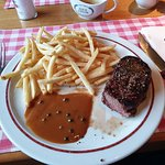 Filet Mignon (medium) with french fries and pepper sauce