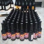 Cervezas artesanas de elaboración propia que  preparamos para bodas, bautizos y comuniones.
