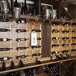 Fotografija – Chakula Macaroni & Wine House
