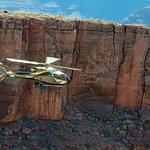Tour supereconomico di Las Vegas: giro in elicottero sul Grand Canyon
