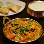 It's curry night! Come in and enjoy a delicious curry at India Poort!