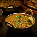 An amazing and delicous curry for our vegetarian and vegan guests. Shared dining!