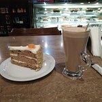 صورة فوتوغرافية لـ Cafe Younes