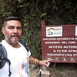 Passenger Claudio from Agentina arriving to Machupicchu from Hidroelectrica