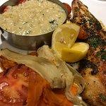 filet de pescado con risotto y verduras