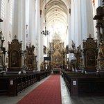 Interior da Igreja de Santa Doroteia em estilo barroco.