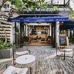 Calm Cafe & Bistro-billede
