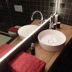 salle de bain chambre Bougainvillea / bathroom Bougainvillea / Badezimmer Bougainvillea