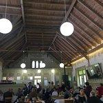 Der sehr gut besuchte Festsaal. Wunderbar renoviert