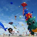 Rencontres Internationales de Cerfs-Volants, rendez vous de renommée internationale tous les ans en avril