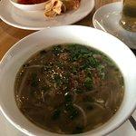 De zogenaamde soto ayam, die niet de smaak en inhoud van de echte soto ayam heeft.