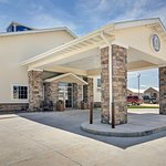 Welcome to Cobblestone Inn & Suites - Big Lake, Texas!