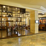 Restaurant (395375383)