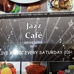 Even the placemates inside and markies outside said jazz café, but for long time no jazz café at all. Stop selling services you don't do.
