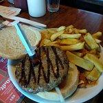 המבורגר עם 'מזרק מייפל'